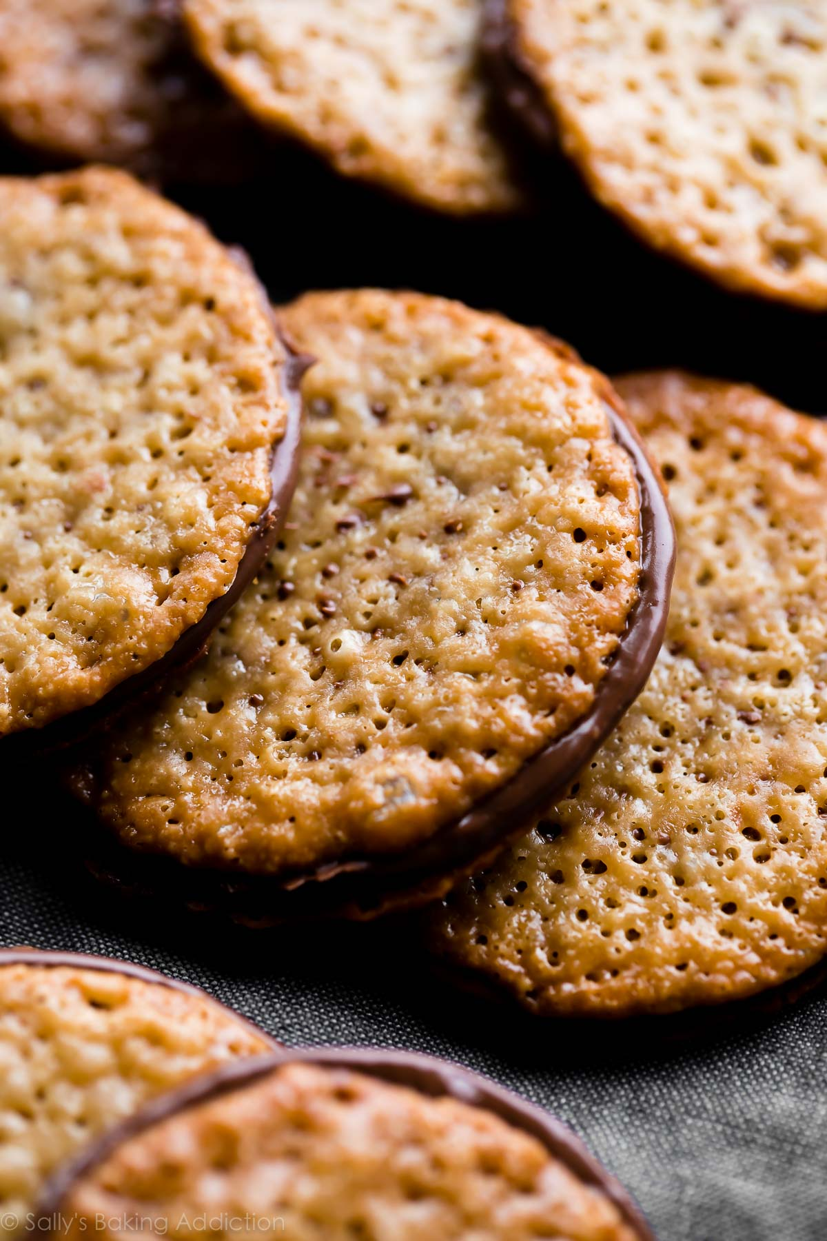 Almond lace cookies recipe